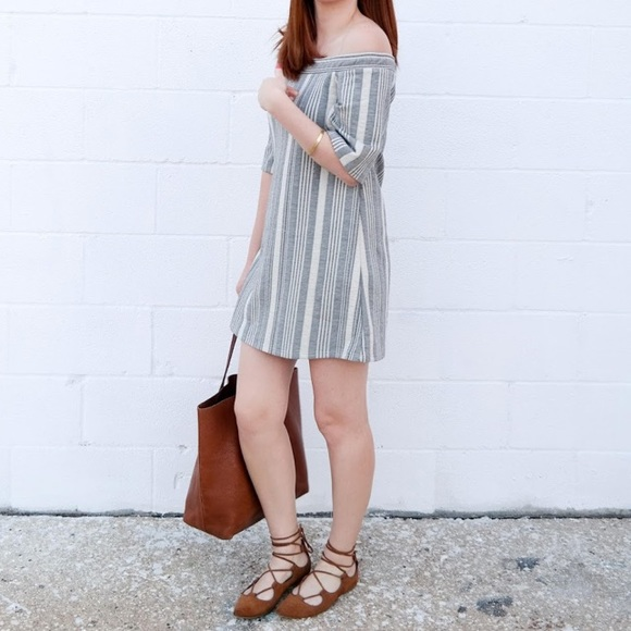 Zara Dresses & Skirts - Zara Off The Shoulder Dress